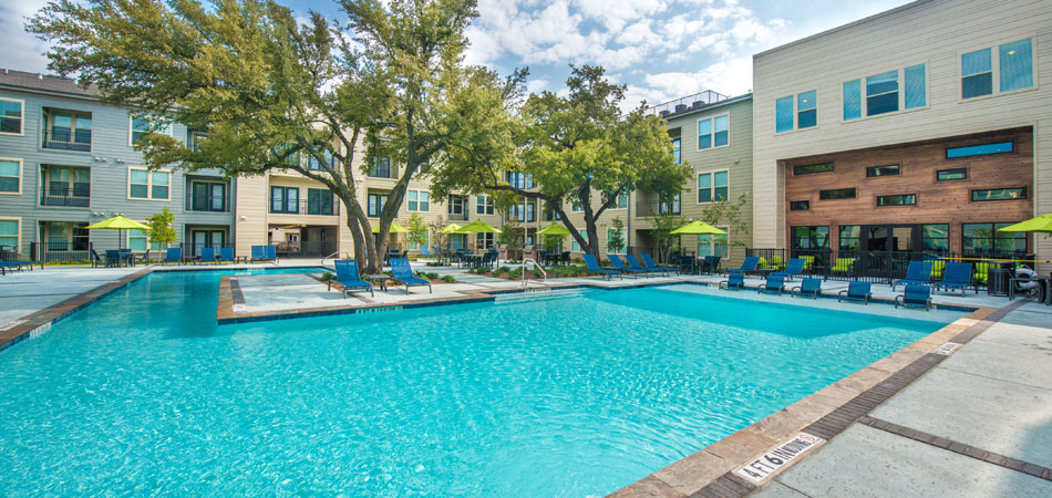 Elan City Centre Apartments Dallas TX