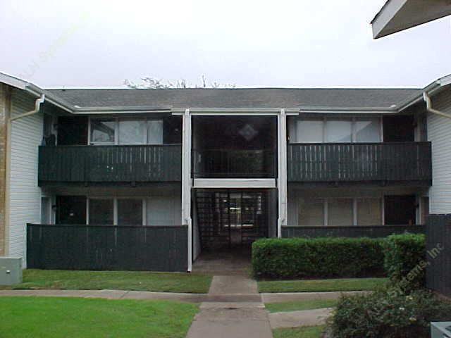 Exterior 4 at Listing #135891