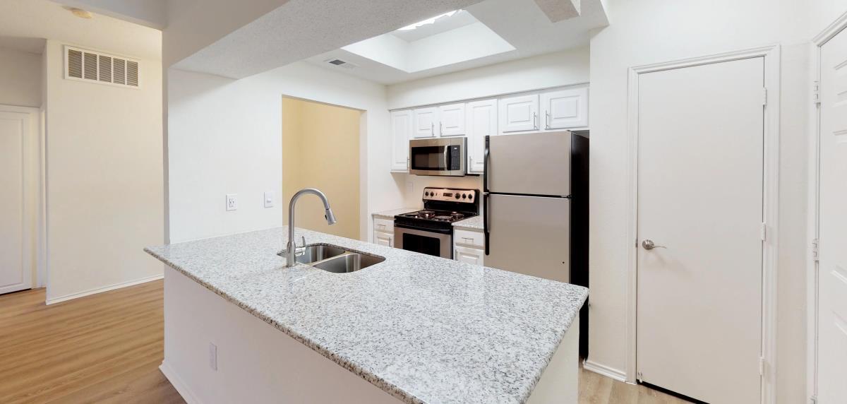 Kitchen at Listing #137086