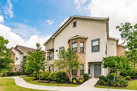 Avion Shadow Creek Ranch Apartments Pearland TX