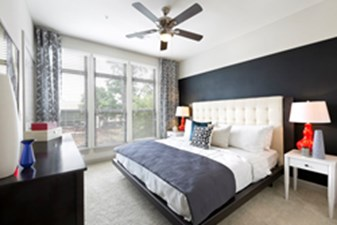 Bedroom at Listing #146264
