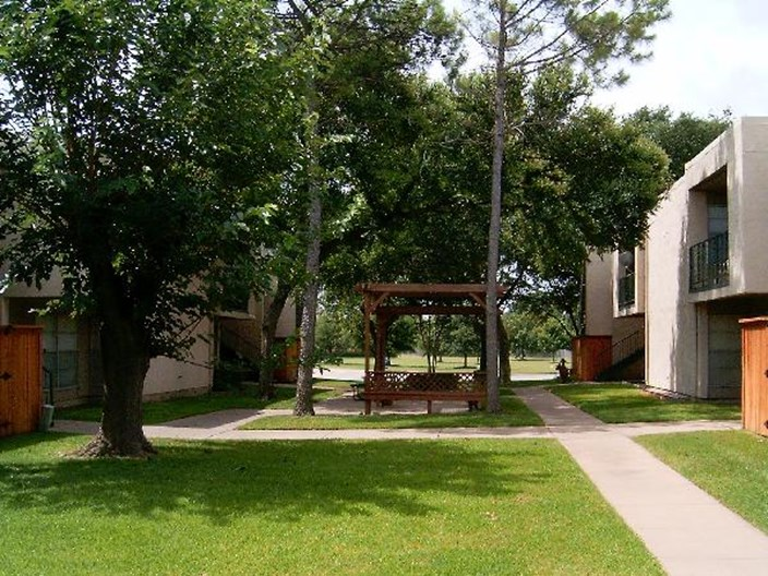 University Gardens Apartments