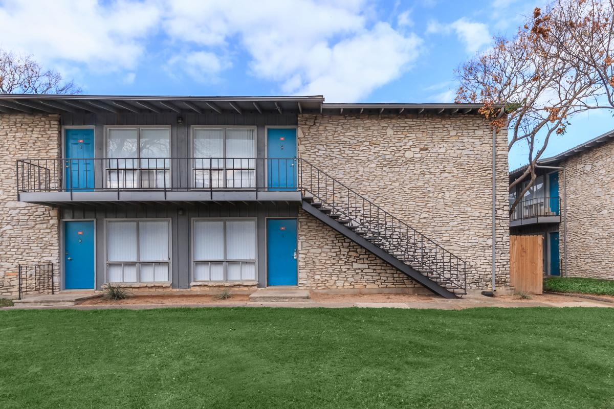 Exterior at Listing #140834