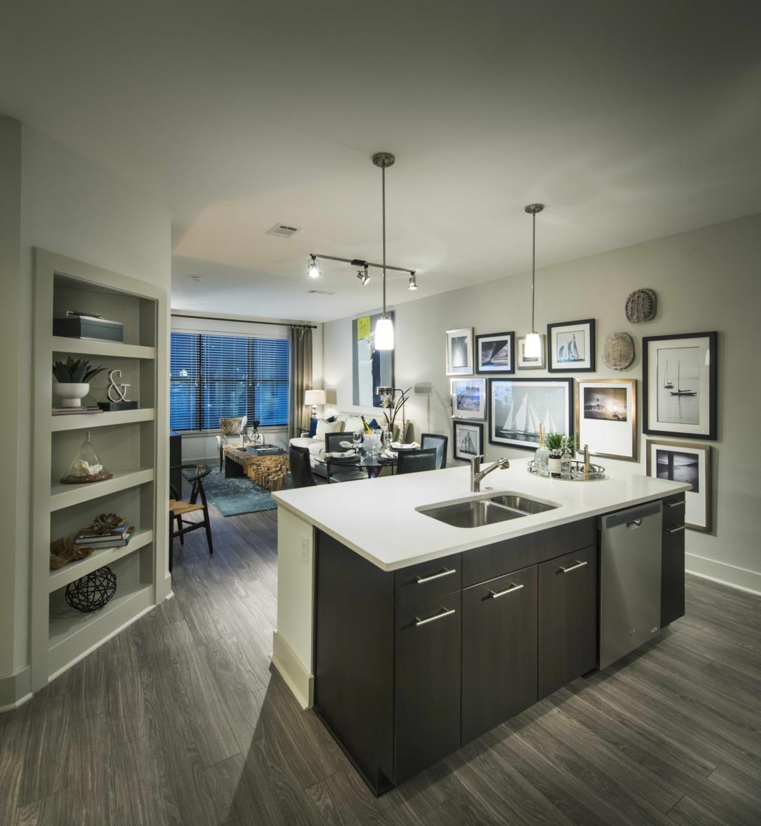 Living/Kitchen at Listing #286321