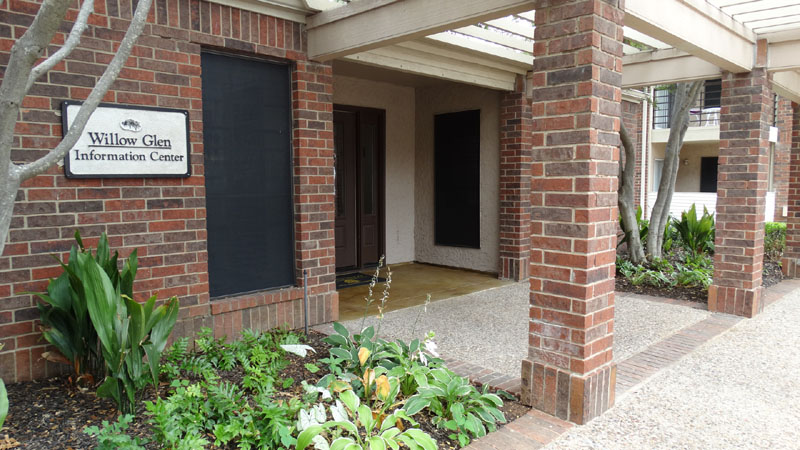Exterior at Listing #137232