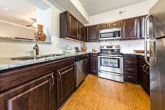 Kitchen at Listing #137920
