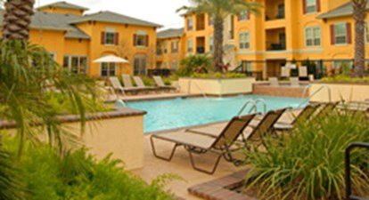 Pool at Listing #144628