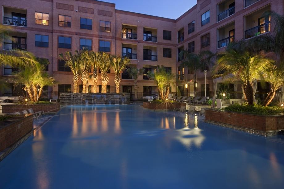 Pool at Listing #150433