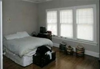 Bedroom at Listing #144134
