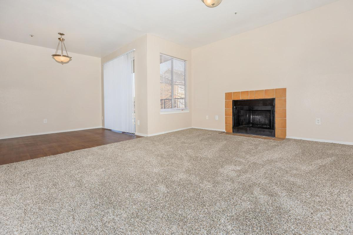 Living Room at Listing #136028