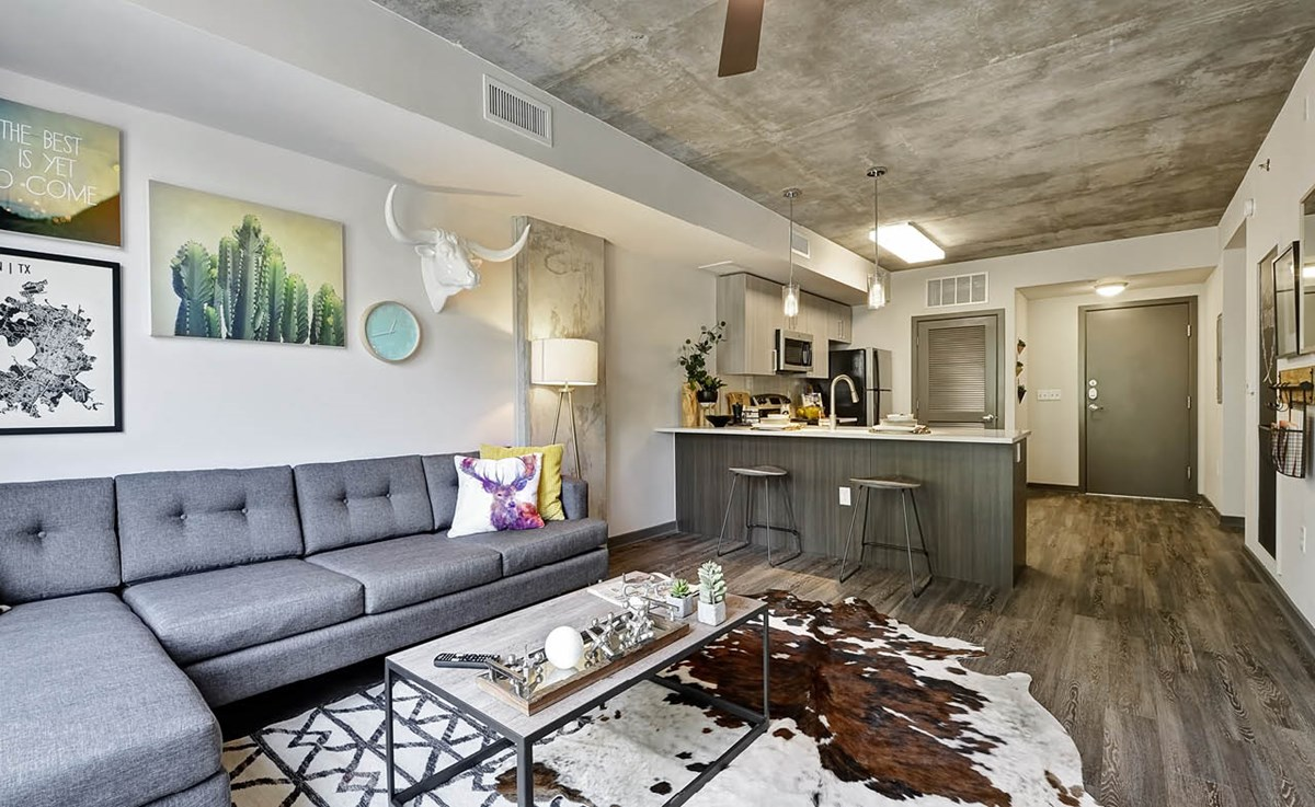 Living/Kitchen at Listing #276465