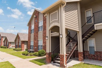 Grace Townhomes at Listing #145113