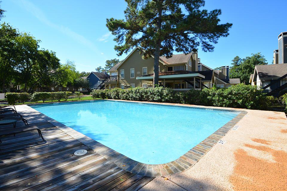 Pool at Listing #138693