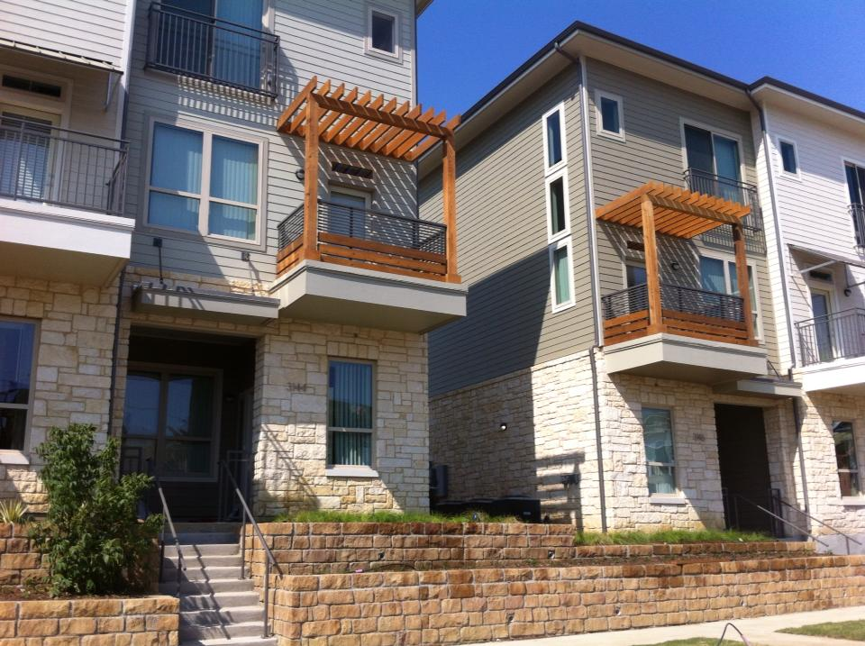 Exterior at Listing #153223