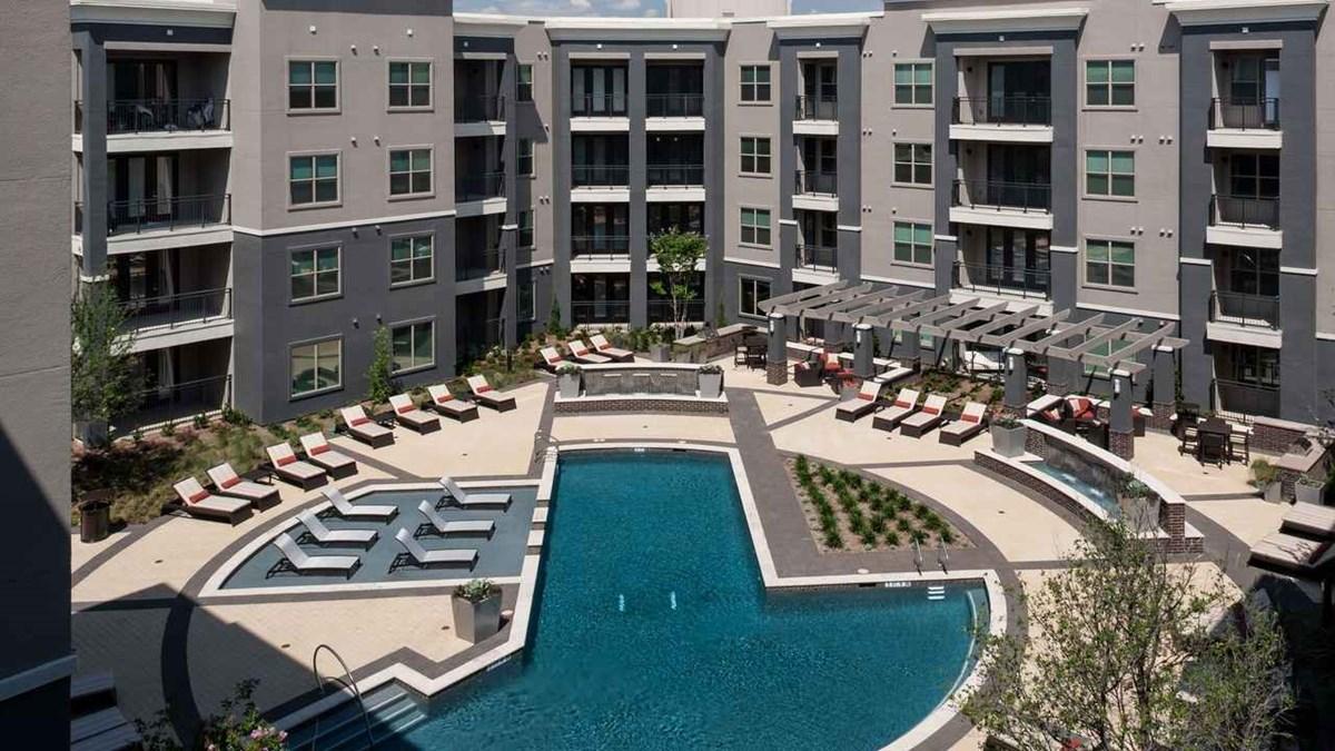 Pool at Listing #228083