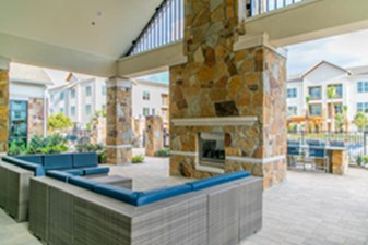 Fire Pit at Listing #336115