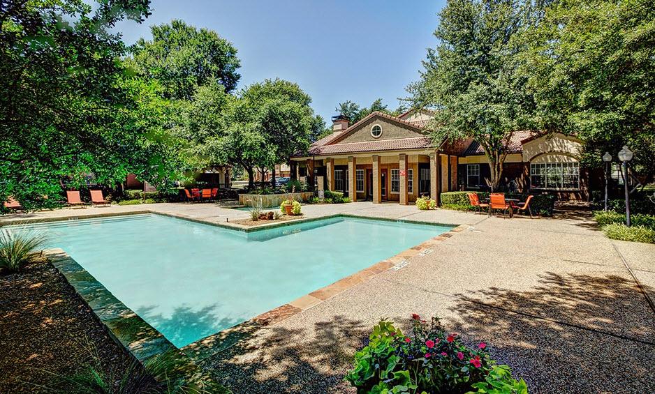 Pool at Listing #135871