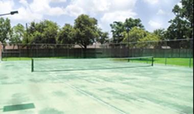 Tennis at Listing #140032