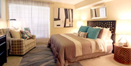 Bedroom at Listing #139639