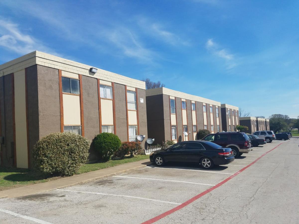 Park Ridge Community Apartments Garland TX