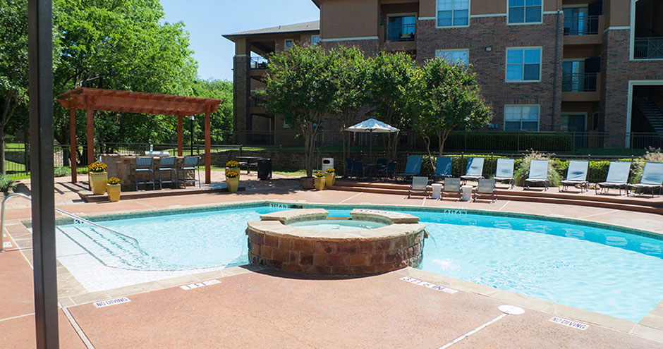 Pool at Listing #137969