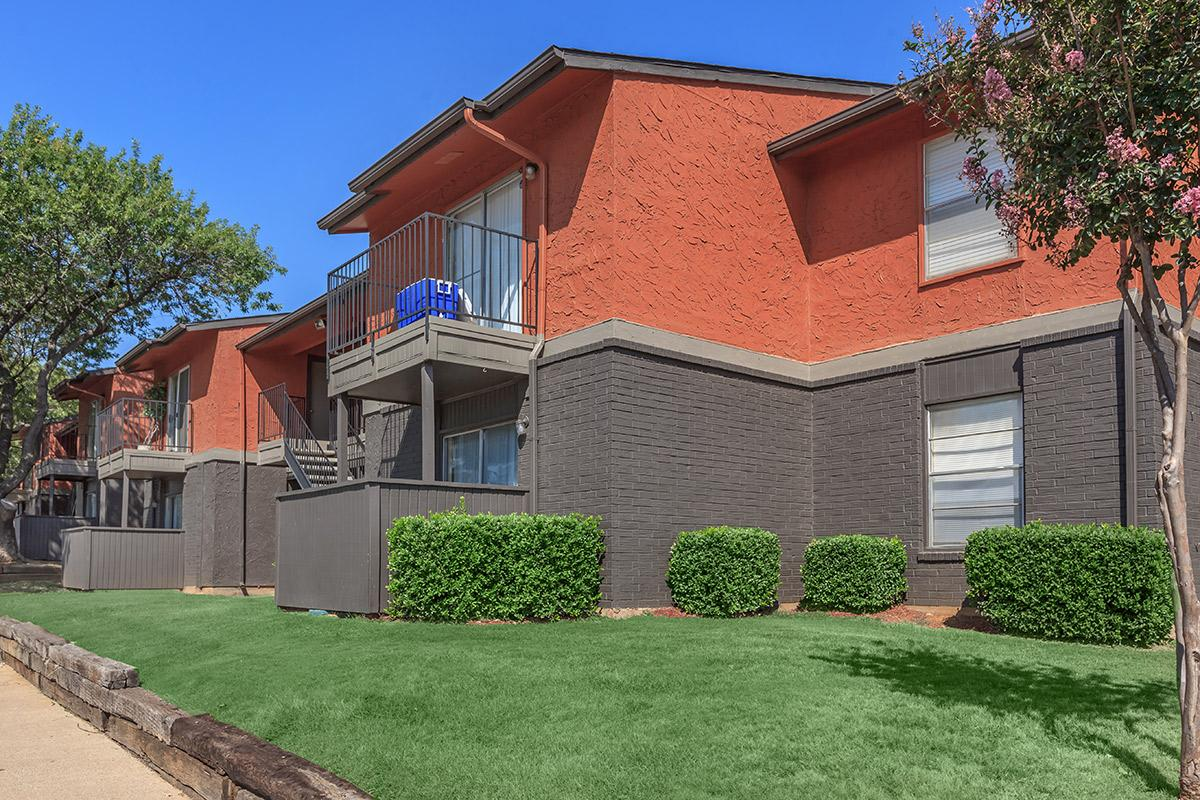 Exterior at Listing #136949