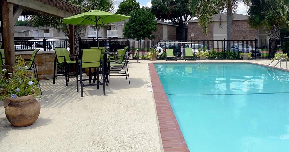 Pool at Listing #139679