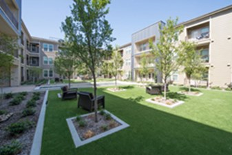 Courtyard at Listing #226665