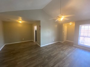 Living/Dining at Listing #139752