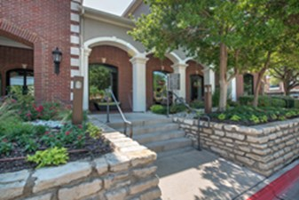 Exterior at Listing #137849
