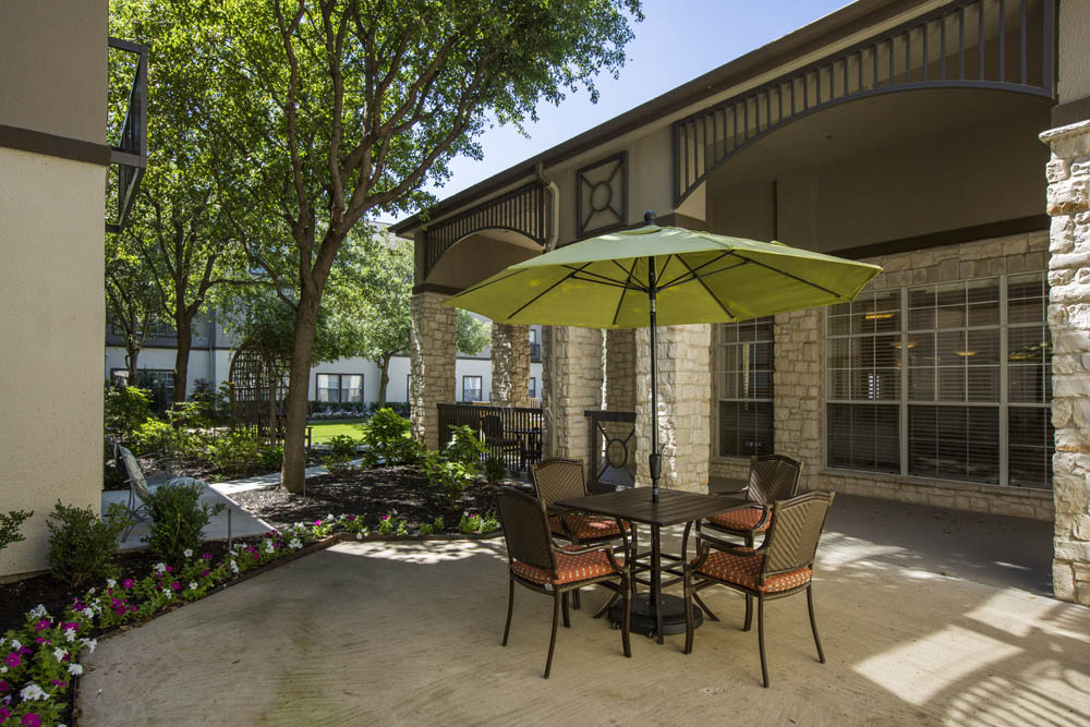 Lounge at Listing #144572