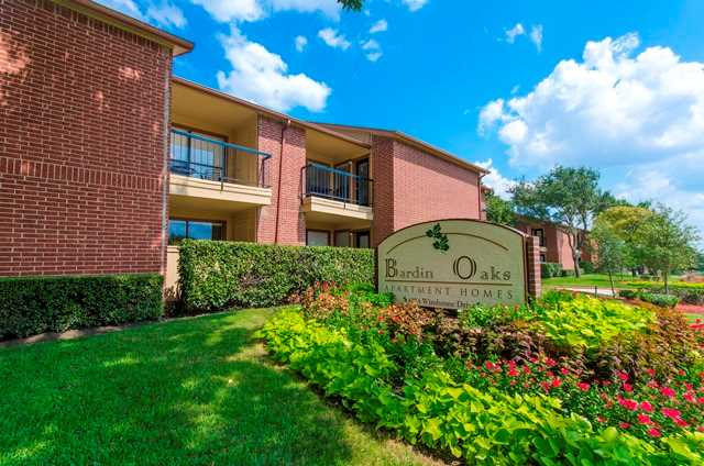 Bardin Oaks Apartments Arlington TX