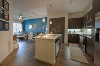 Living/Kitchen at Listing #259753