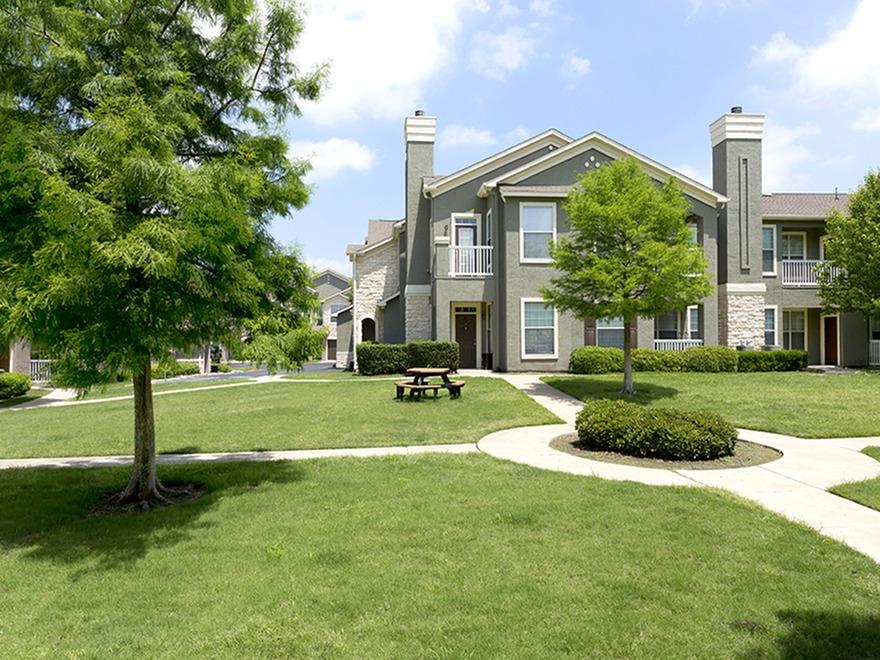 Bristol Heights Apartments Austin, TX