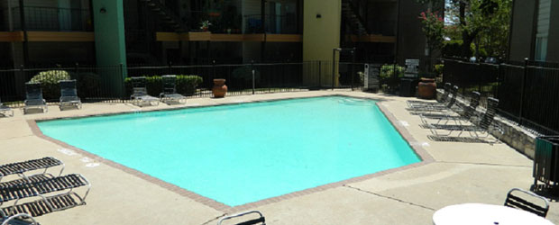 Pool at Listing #140261