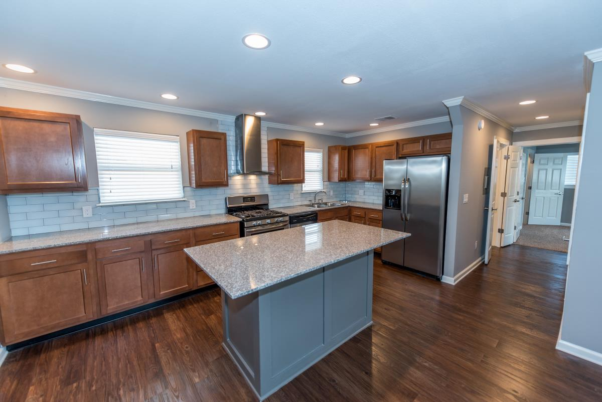 Kitchen at Listing #141033