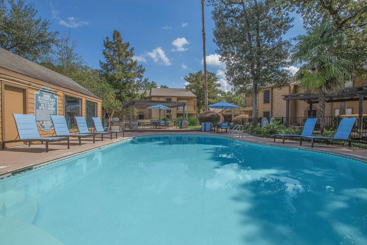 Pool at Listing #138650