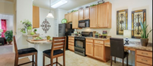 Dining/Kitchen at Listing #144613