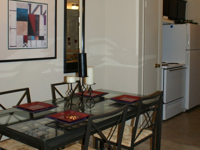 Dining at Listing #137245