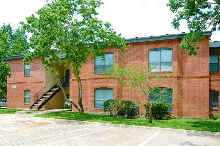 Everwood Apartments Webster TX