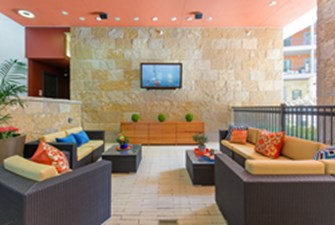 Lounge at Listing #233704