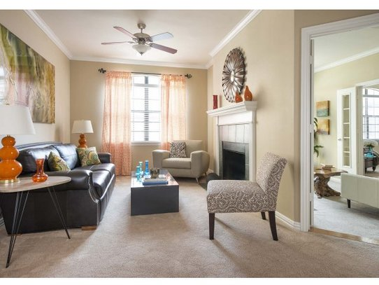 Living at Listing #135827
