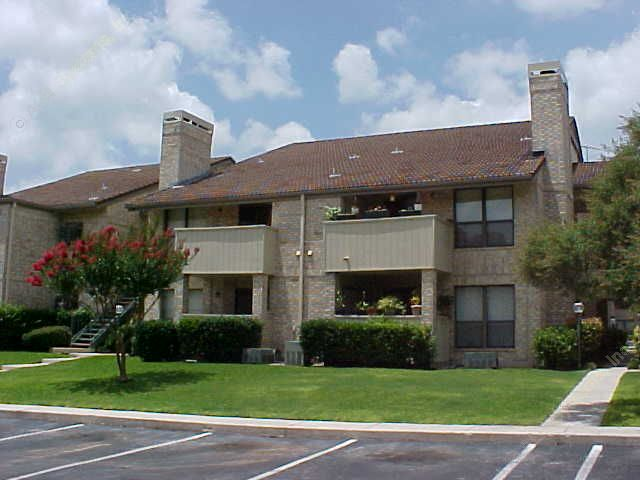 Devonshire Apartments San Antonio TX