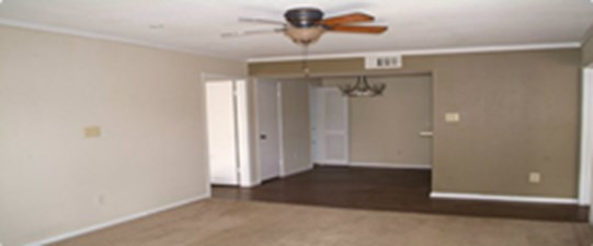 Living/Dining at Listing #138781