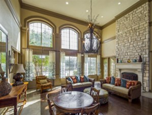Lounge at Listing #144430