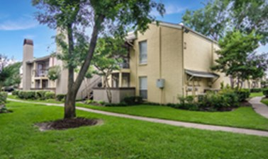 Exterior at Listing #138770
