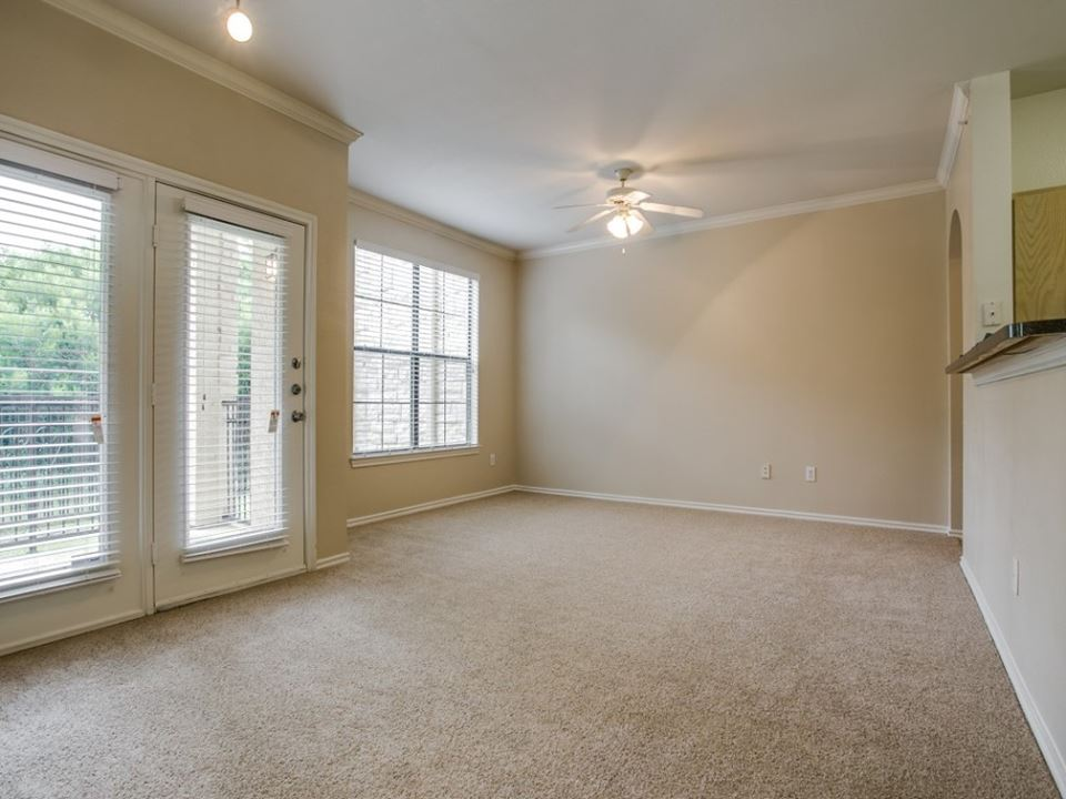 Living at Listing #138160