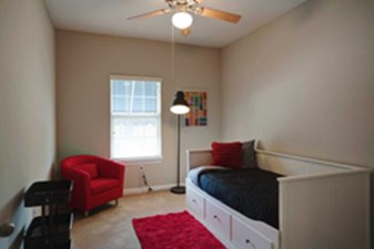 Bedroom at Listing #239859