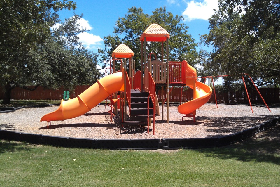 Playground at Listing #141271