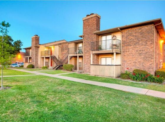 Pine Oaks Apartments Mesquite TX